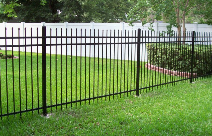 Palm Beach Fence Pros Installation & Replacement - Vinyl Fences, Wood Fences, Aluminum Fences, PVC Pergola, Repairs & Replacement, Gates- 1
