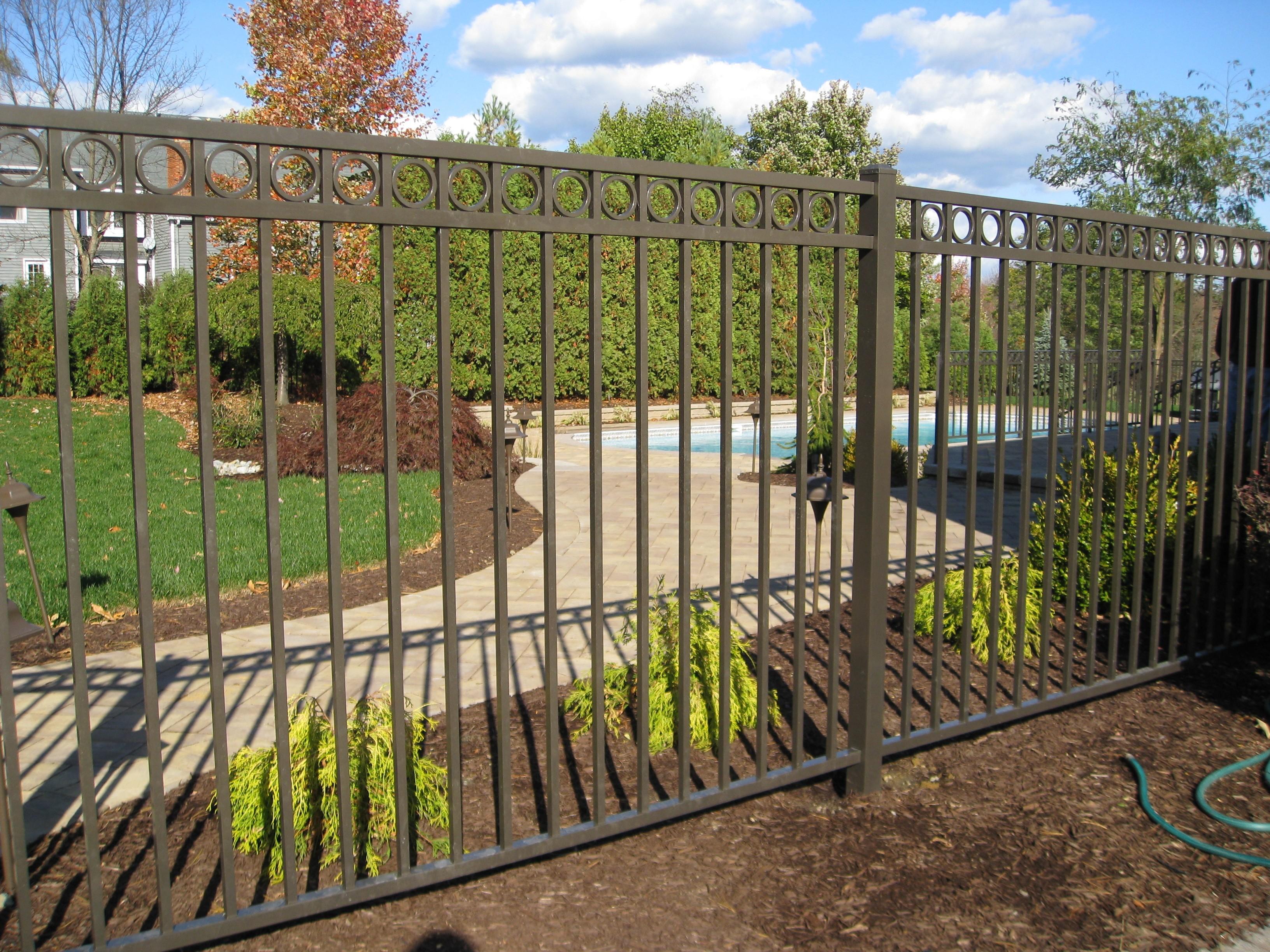 Palm Beach Fence Pros Installation & Replacement - Vinyl Fences, Wood Fences, Aluminum Fences, PVC Pergola, Repairs & Replacement, Gates- 5