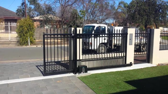 Automatic Gate Installation-Palm Beach Fence Pros Installation & Replacement-We do Residential & Commercial Fence Installation, Fencing Repairs and Replacements, Fence Designs, Gate Installations, Pool Fencing, Balcony Railings, Privacy Fences, PVC Fences, Wood Pergola, Aluminum and Chain link, and more