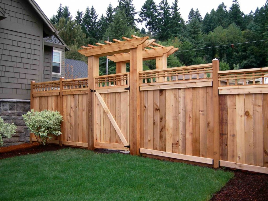 Backyard Fence Installation-Palm Beach Fence Pros Installation & Replacement-We do Residential & Commercial Fence Installation, Fencing Repairs and Replacements, Fence Designs, Gate Installations, Pool Fencing, Balcony Railings, Privacy Fences, PVC Fences, Wood Pergola, Aluminum and Chain link, and more
