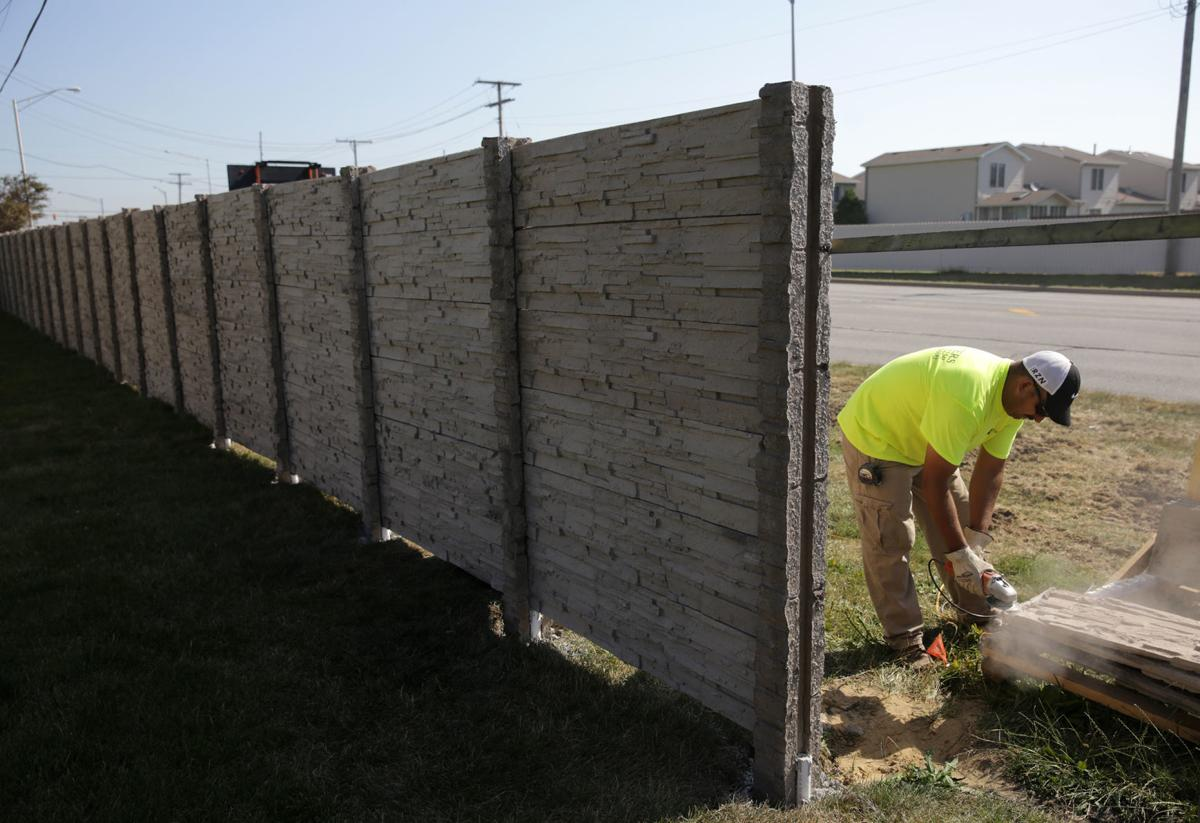 Fence Replacement-Palm Beach Fence Pros Installation & Replacement-We do Residential & Commercial Fence Installation, Fencing Repairs and Replacements, Fence Designs, Gate Installations, Pool Fencing, Balcony Railings, Privacy Fences, PVC Fences, Wood Pergola, Aluminum and Chain link, and more