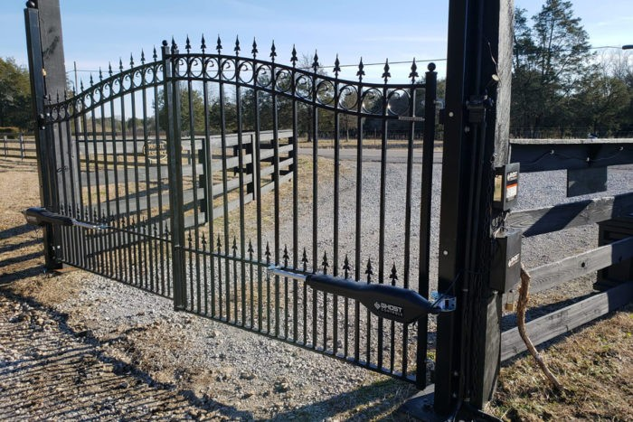 Gates Installations-Palm Beach Fence Pros Installation & Replacement-We do Residential & Commercial Fence Installation, Fencing Repairs and Replacements, Fence Designs, Gate Installations, Pool Fencing, Balcony Railings, Privacy Fences, PVC Fences, Wood Pergola, Aluminum and Chain link, and more