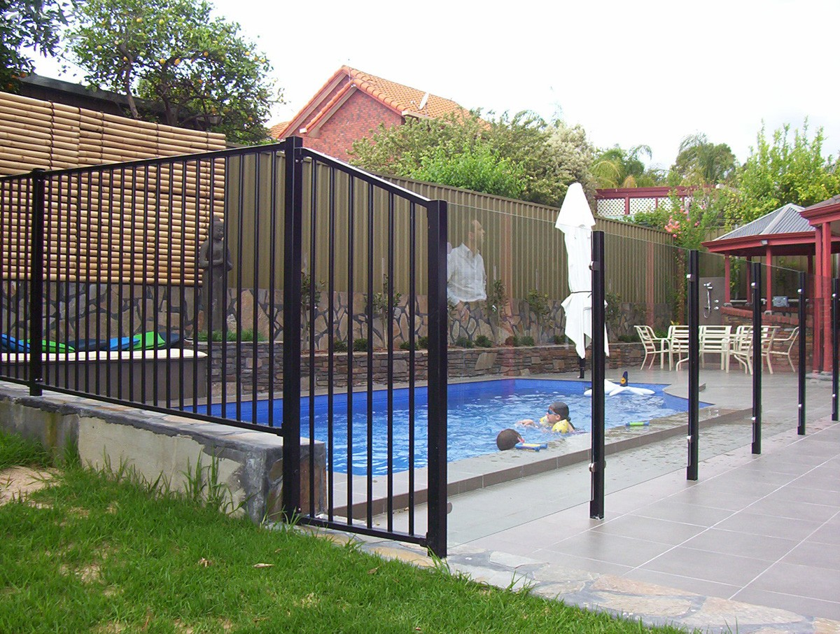 Pool Fences-Palm Beach Fence Pros Installation & Replacement-We do Residential & Commercial Fence Installation, Fencing Repairs and Replacements, Fence Designs, Gate Installations, Pool Fencing, Balcony Railings, Privacy Fences, PVC Fences, Wood Pergola, Aluminum and Chain link, and more